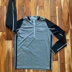 Nike Men's Dri Fit Golf 1/4 Zip PULLOVER Top